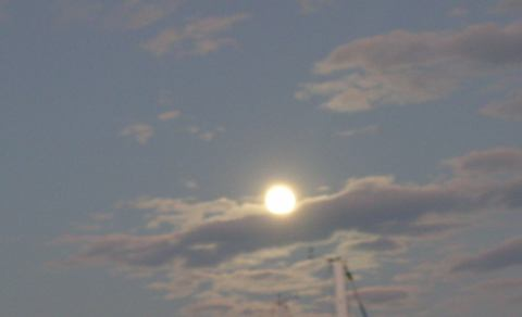 17october_fullmoonclose.jpg