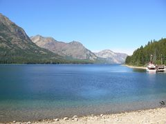 boatride_montanaside2_waterton_240.jpg