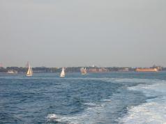 boatshudsonriver.jpg