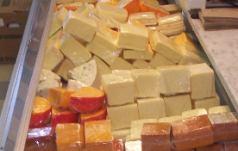dutchmarket_cheese.jpg