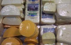 dutchmarket_cheese1.jpg