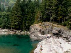 lakeontheroad_glacier_couerdalene_240.jpg
